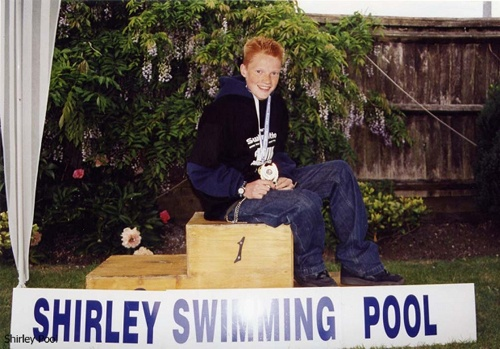 Callum perry 14 fastest boy 200 lengths in 1hr 29min - Shirley swimming pool southampton ...